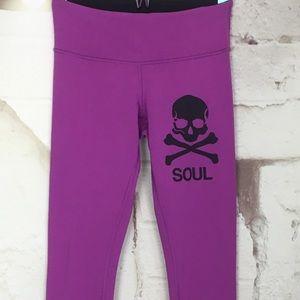 PInk purple Lululemon cropped mid rise legging 4